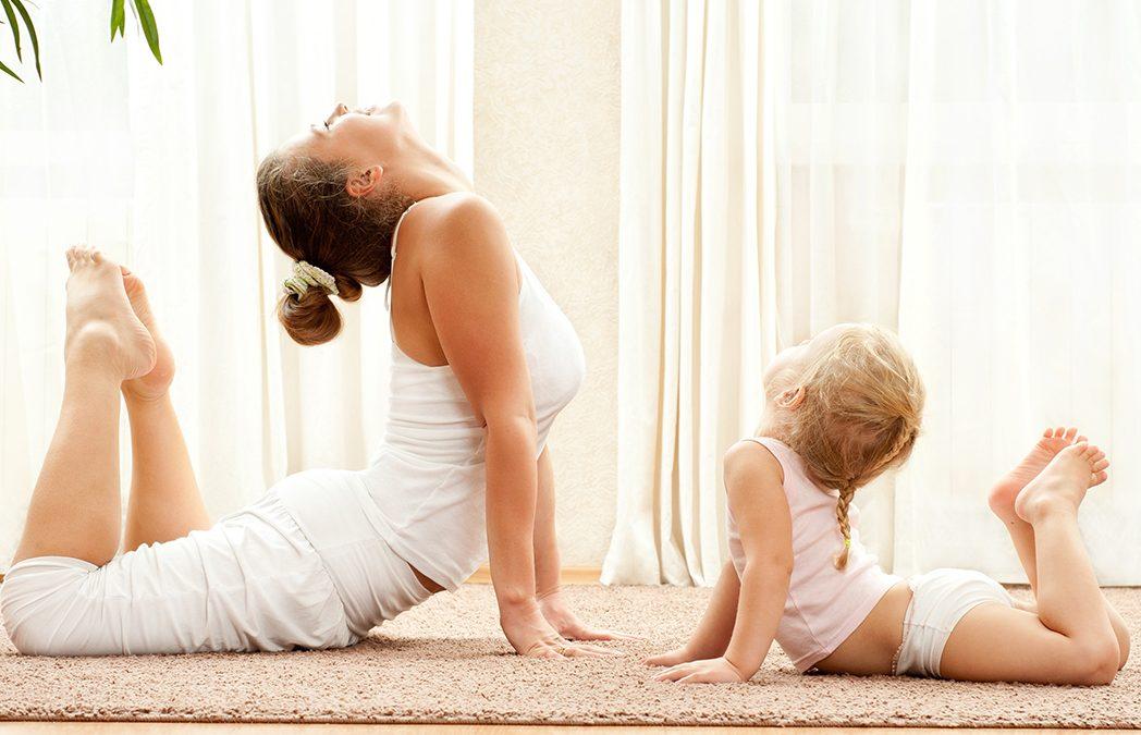 Taller de yoga en familias
